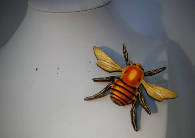 Buzzin' about this brooch