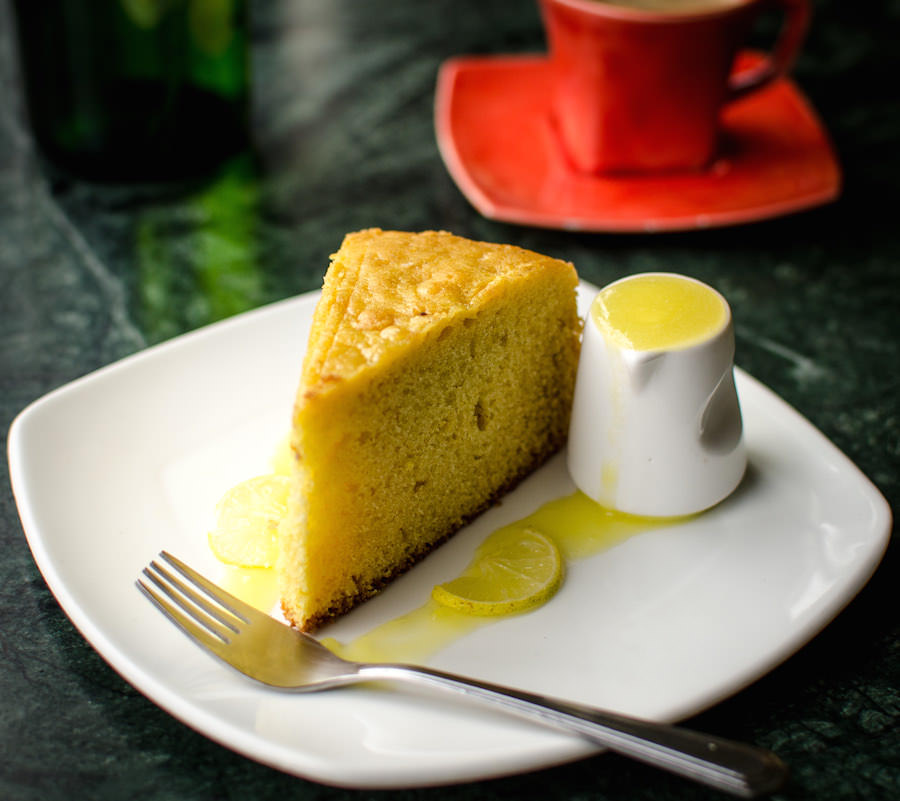 Cakes - LemonWithSauce_1.jpg