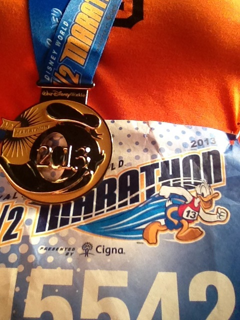 Donald Duck Half Marathon Medal