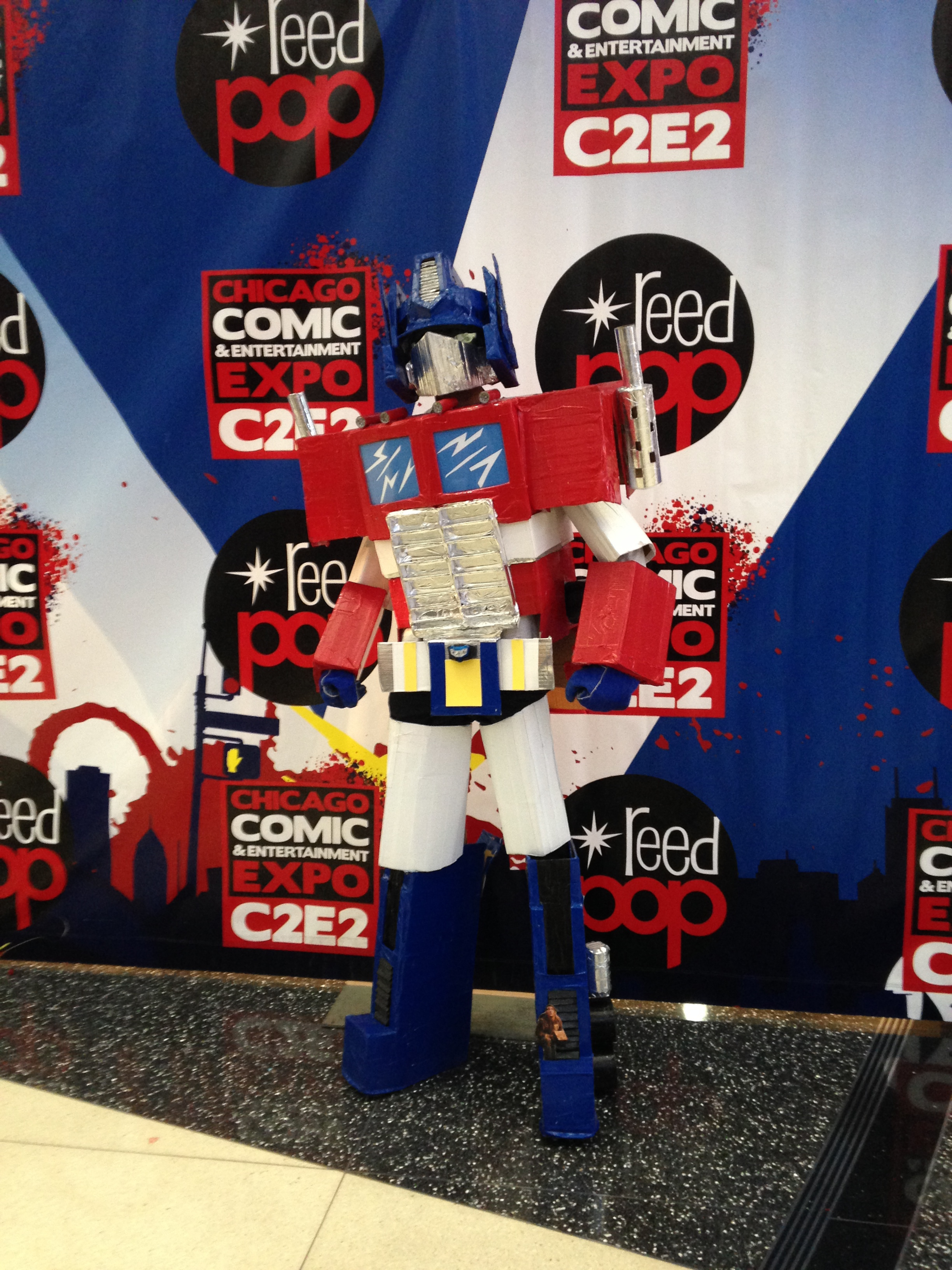 C2E2 Cosplayer - Transformers Optimus Prime