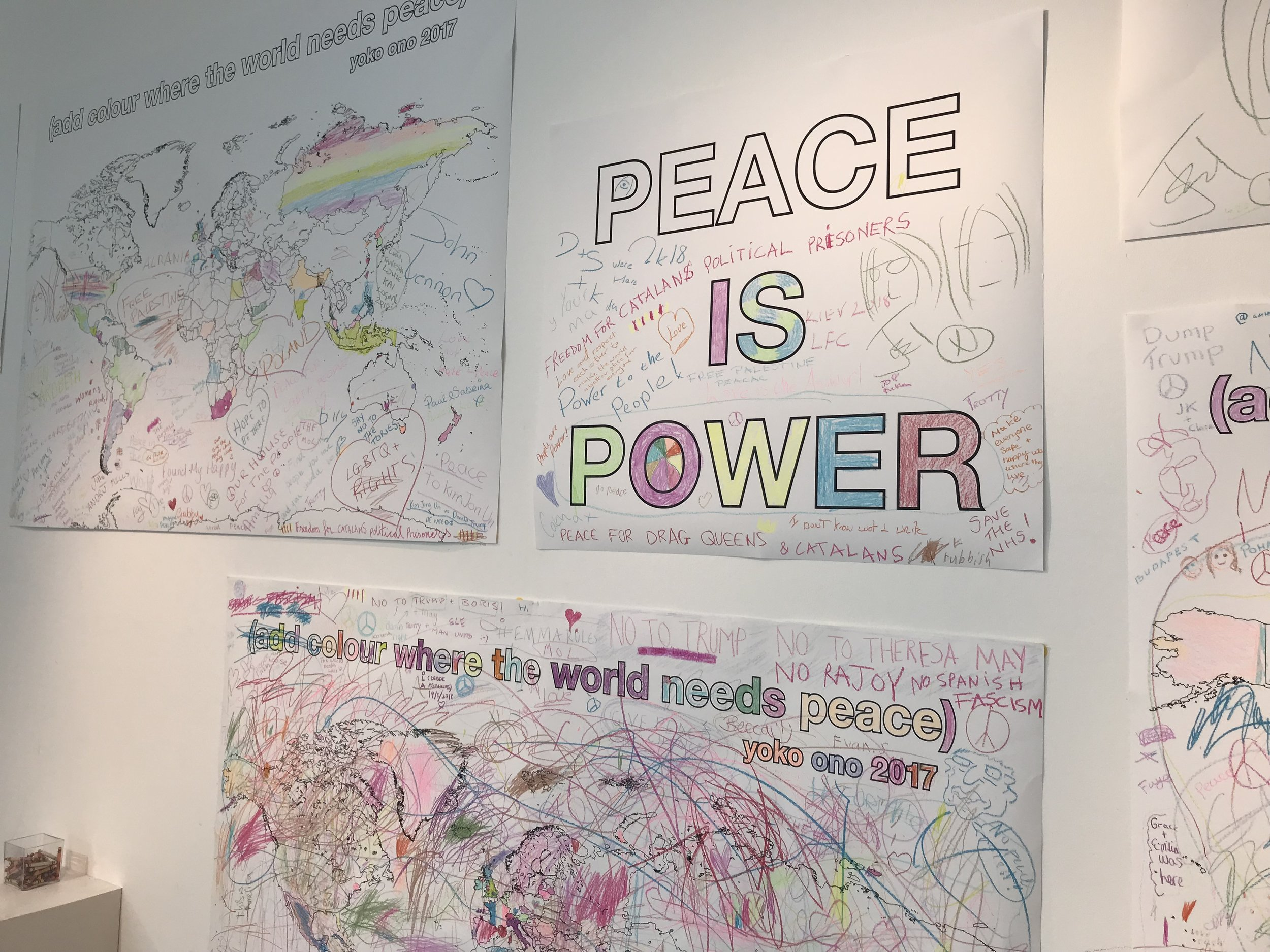 John and Yoko - Visitor peace messages