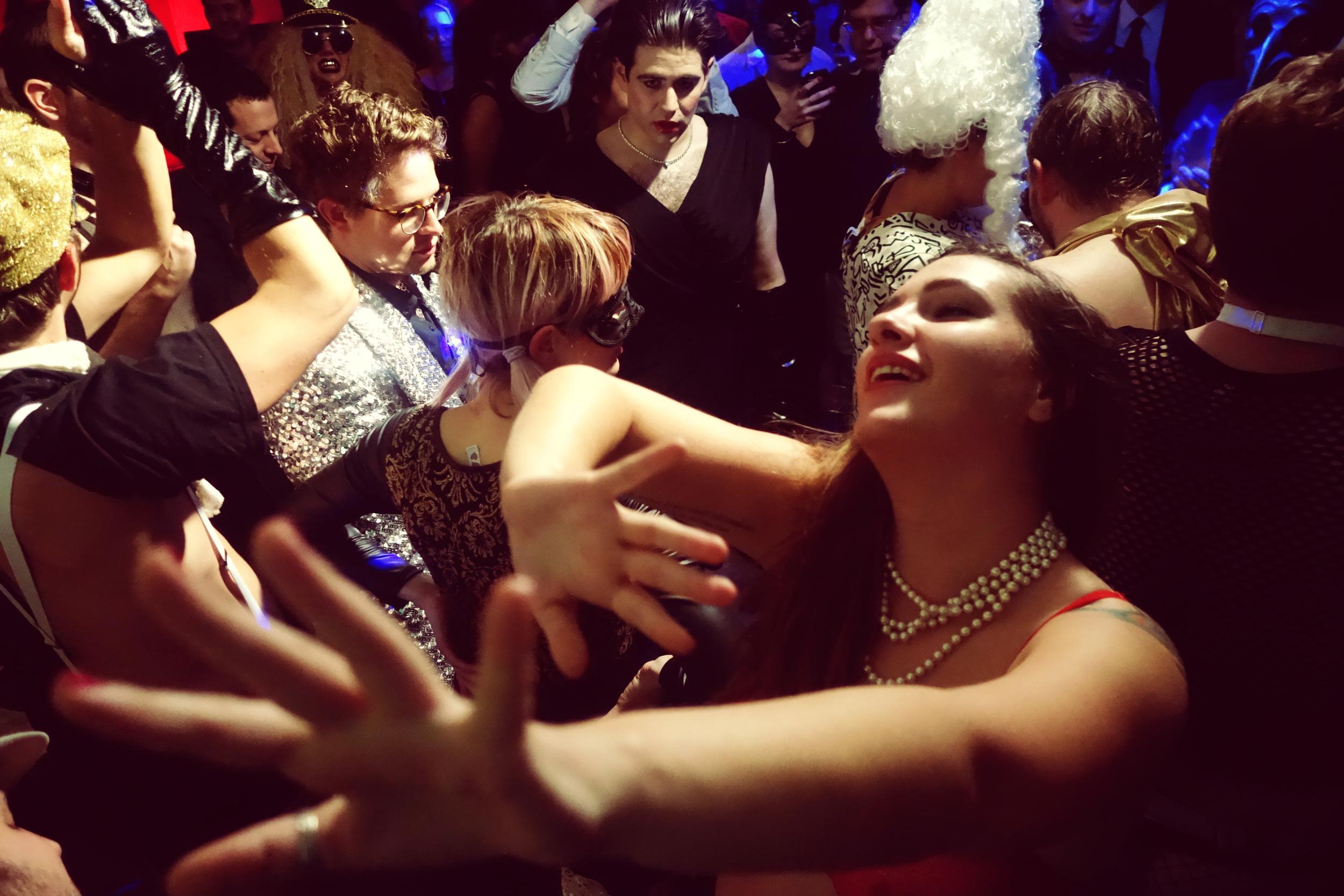 DSC03391 Fran Loving the Dance.JPG