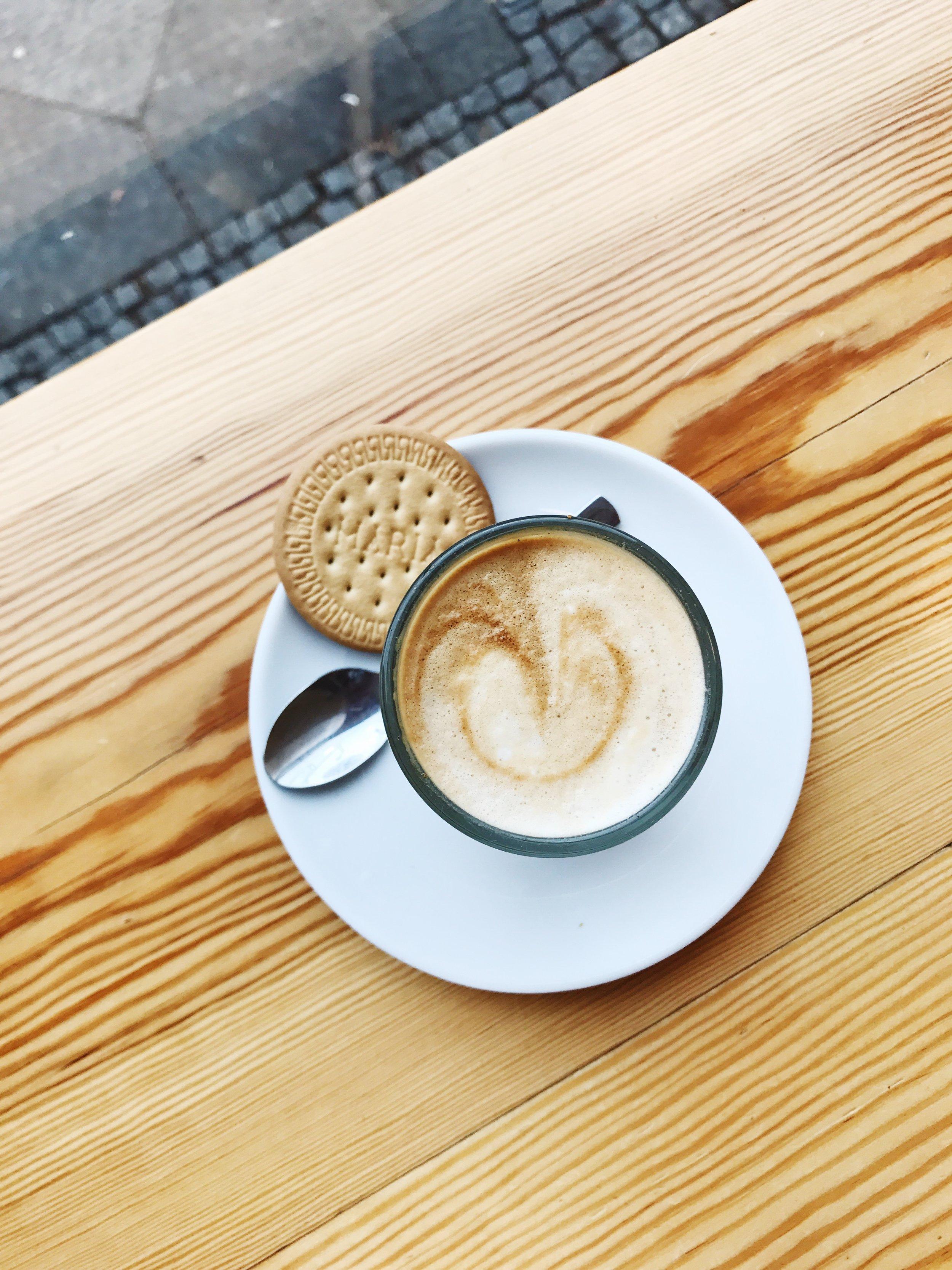 Liebes Bisschen Pankow coffee cortado