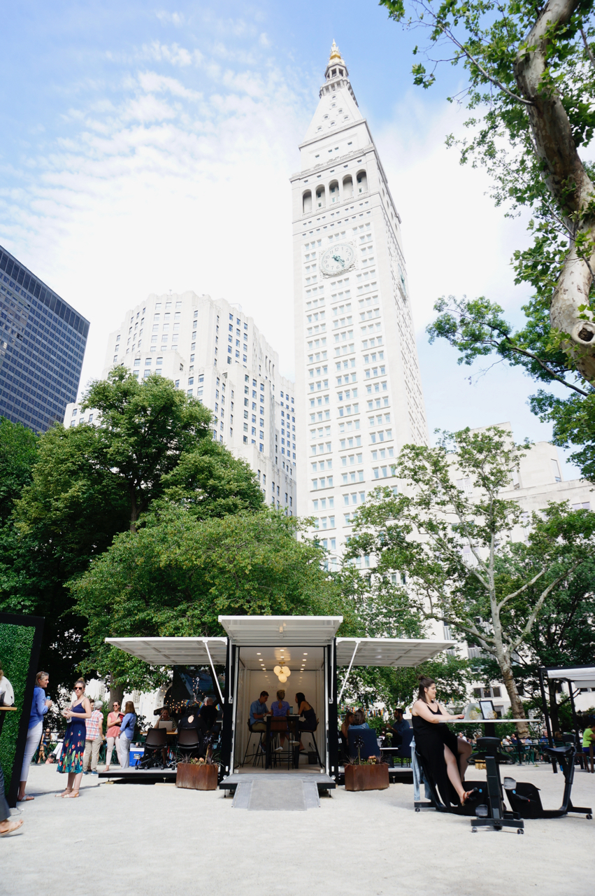 be an outsider llbean madison square park outdoor office.jpg