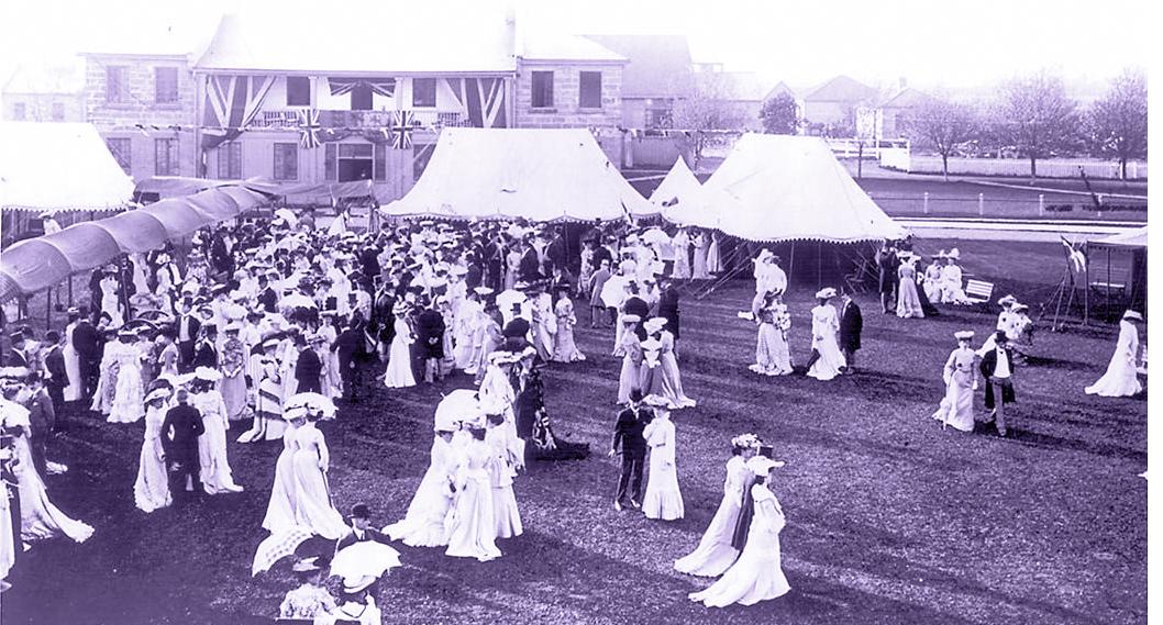 Garden party at Fort York, Toronto, Canada. c. 1907-11. City of Toronto Archives. Public domain via Wikimedia Commons.