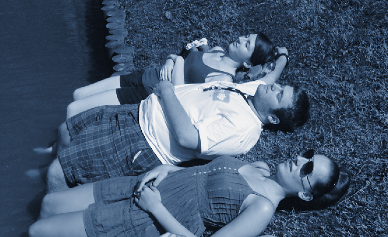 Liz Bevels (top) and friends, not fainting. Photograph courtesy of the author.