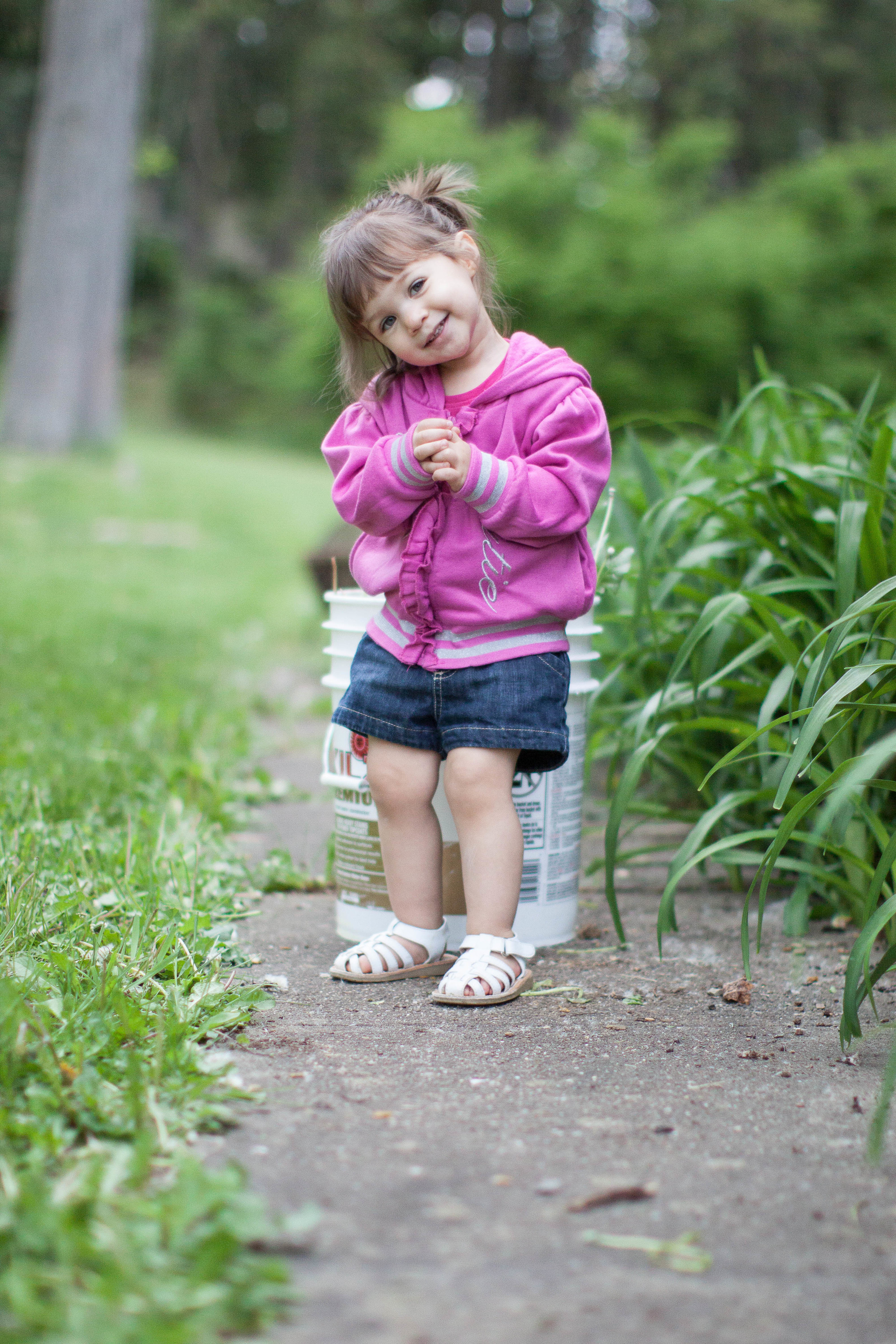 Westchester County Professional child summer portrait session