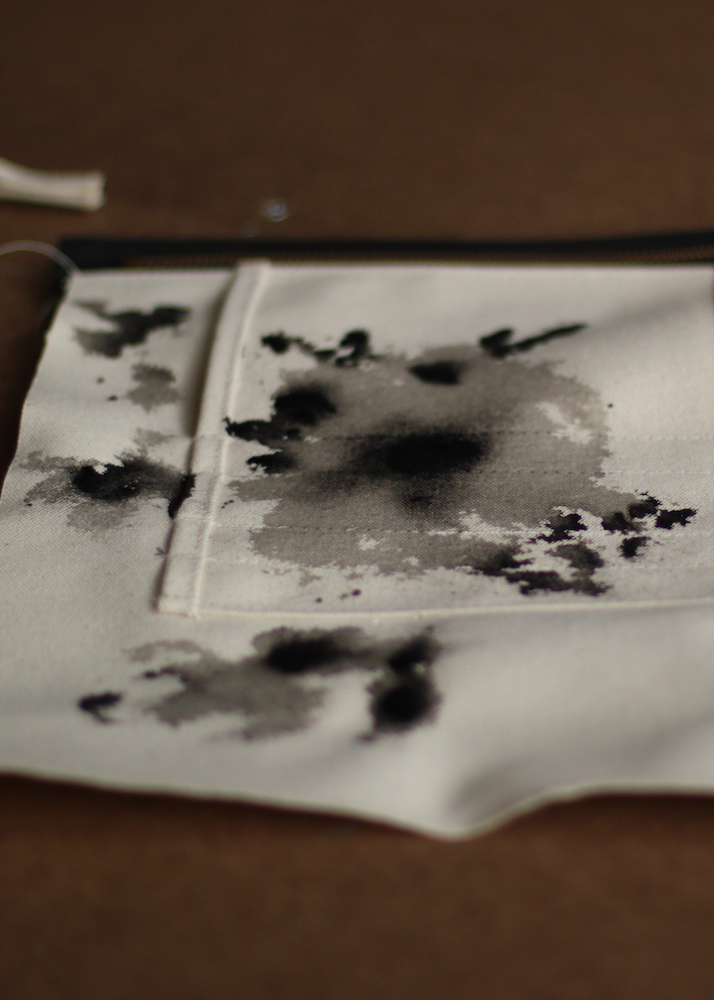 INK DROP POUCH