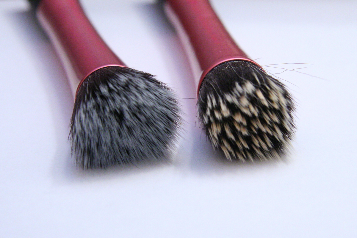 Real Techniques Stippling Brushes.