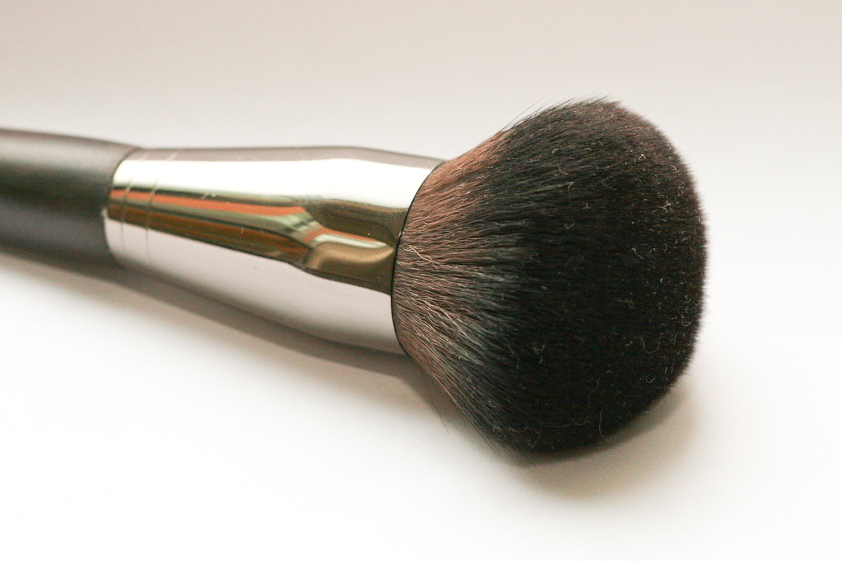 Make Up For Ever's 126 Powder Brush - Medium.