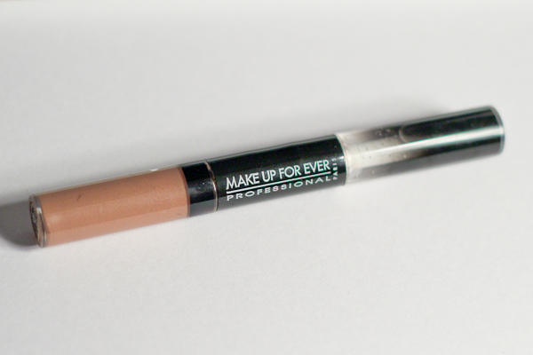 Make Up For Ever Aqua Rouge in 01 Nude Beige.