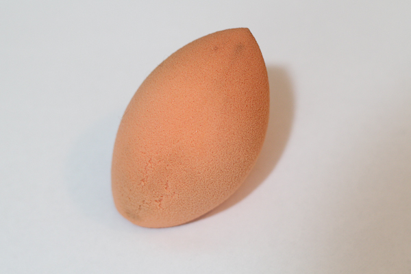 Real Techniques Miracle Complexion Sponge.