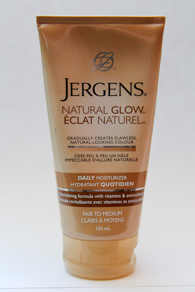 Jergens Natural Glow Daily Moisturizer in Fair to Medium
