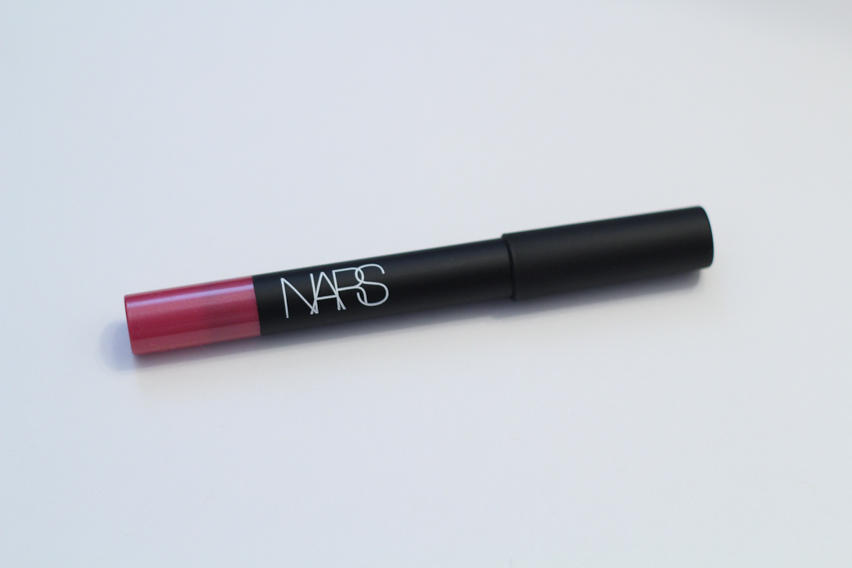 NARS Velvet Matte Lip Pencil in Never Say Never