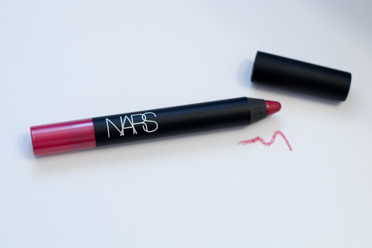 NARS Matte Velvet Lip Pencil in Never Say Never