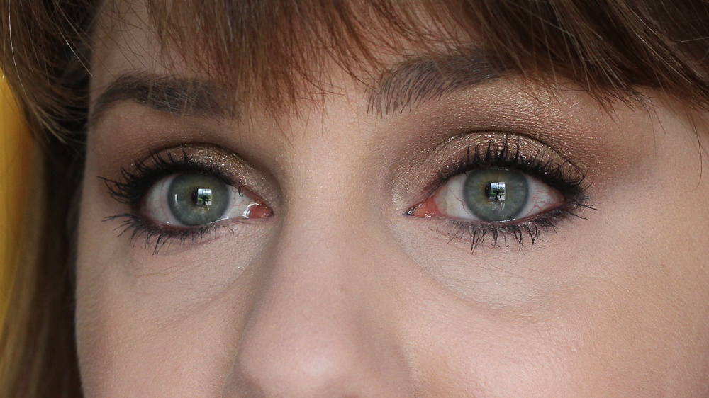 I'm also wearing Charlotte Tilbury's Barbarella Brown Rock n' Kohl Eyeliner in this look. It's become a favourite!