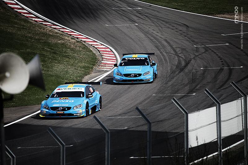 Volvo Polestar Racing. Blått. Snyggt. Snabbt.