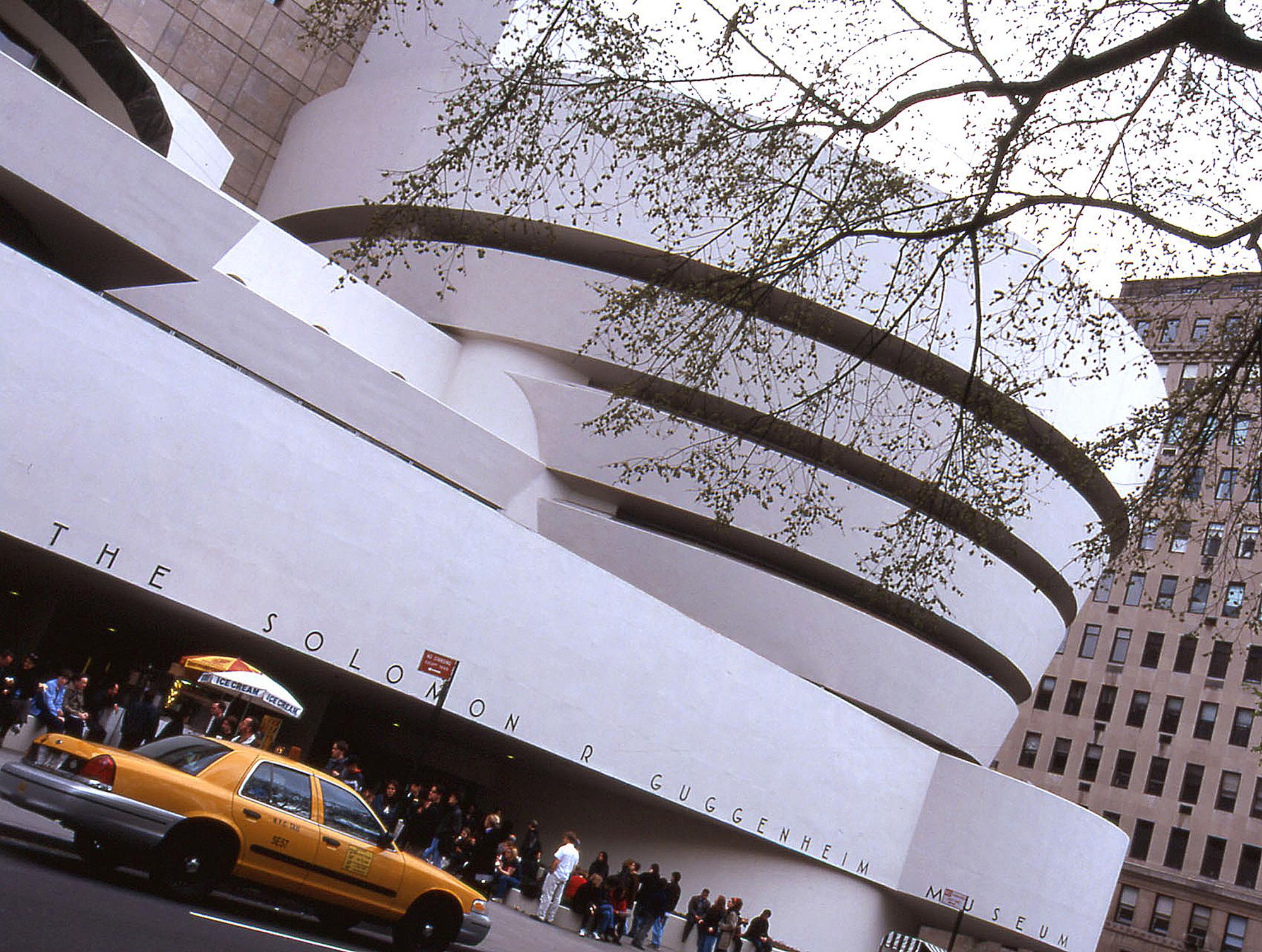N.Y. Guggenheim Museum
