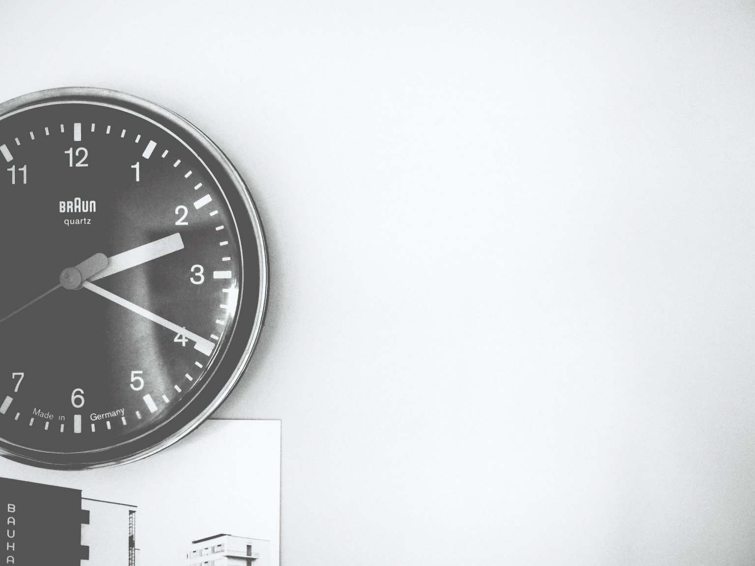 Mmmm, Braun clock.