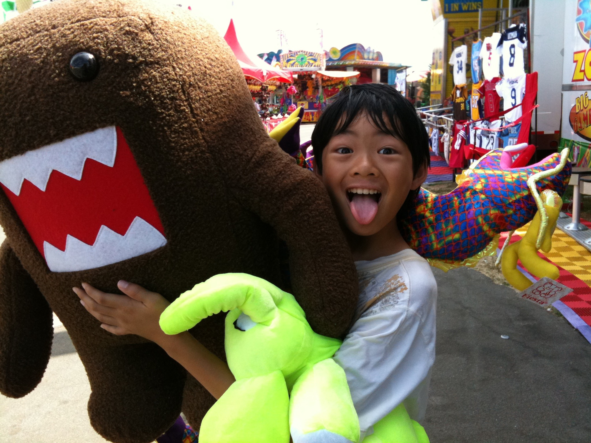 The boy wins a big Domokun at the #ocfair (and other Fair goodness)