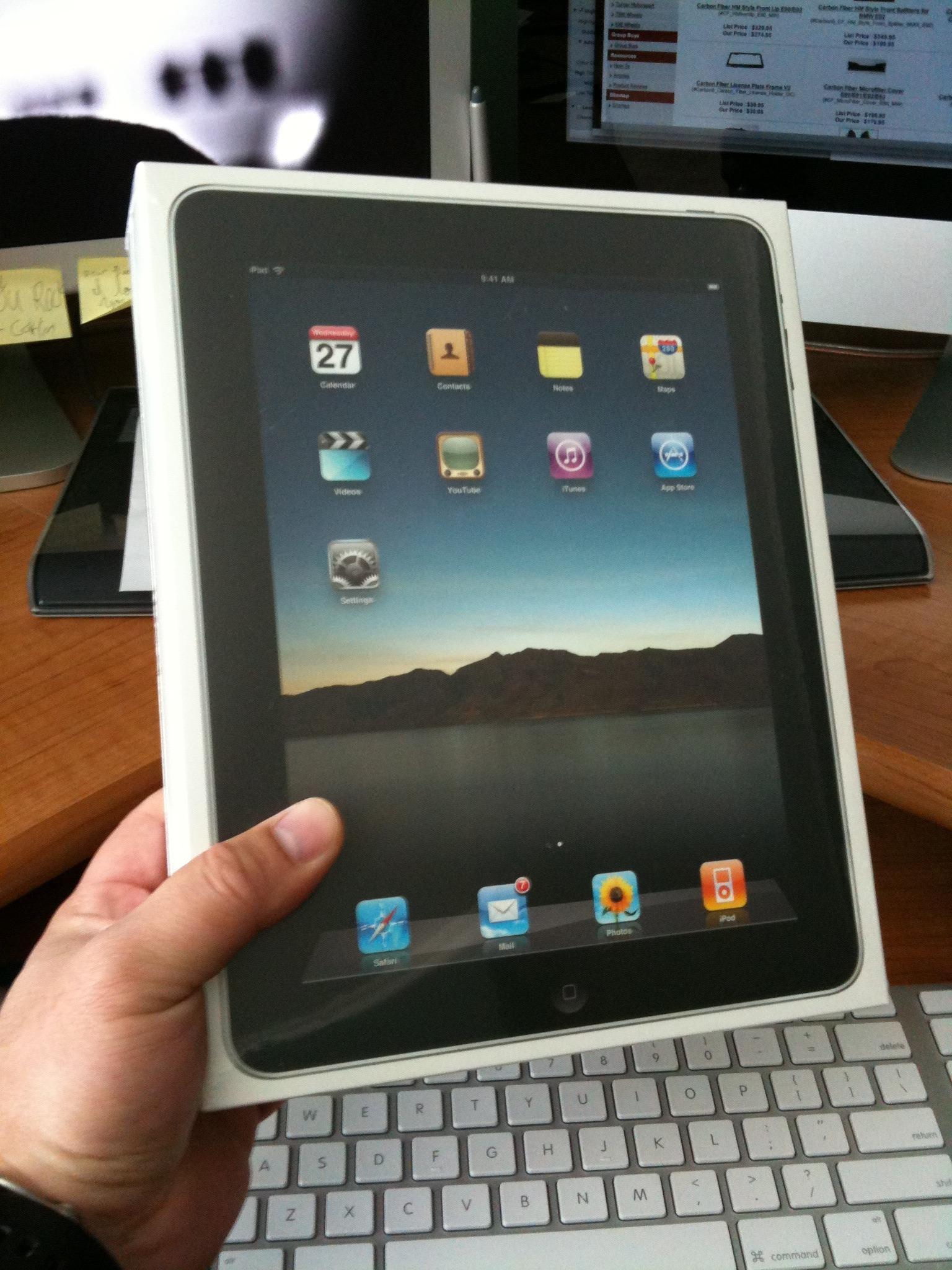 iPad has arrived. Sync in progress