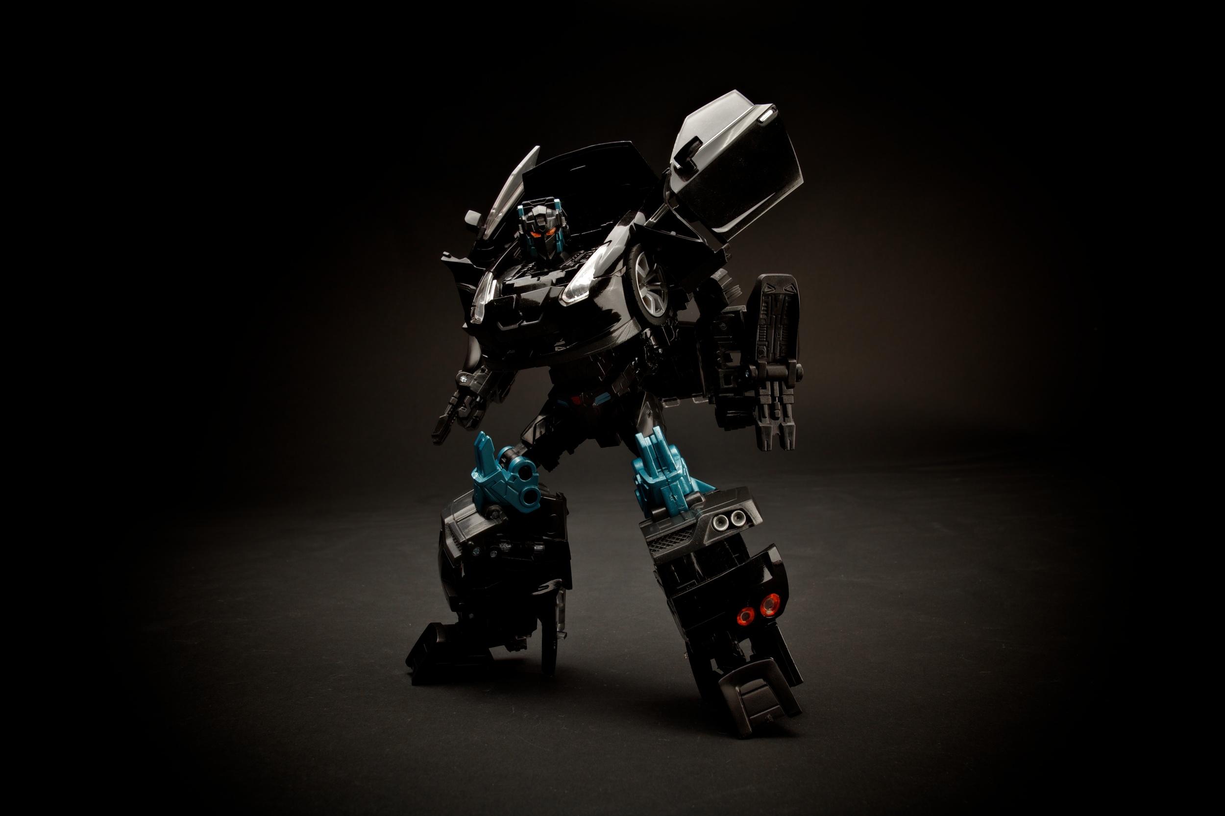 GTR-Optimus-Blk4.jpg