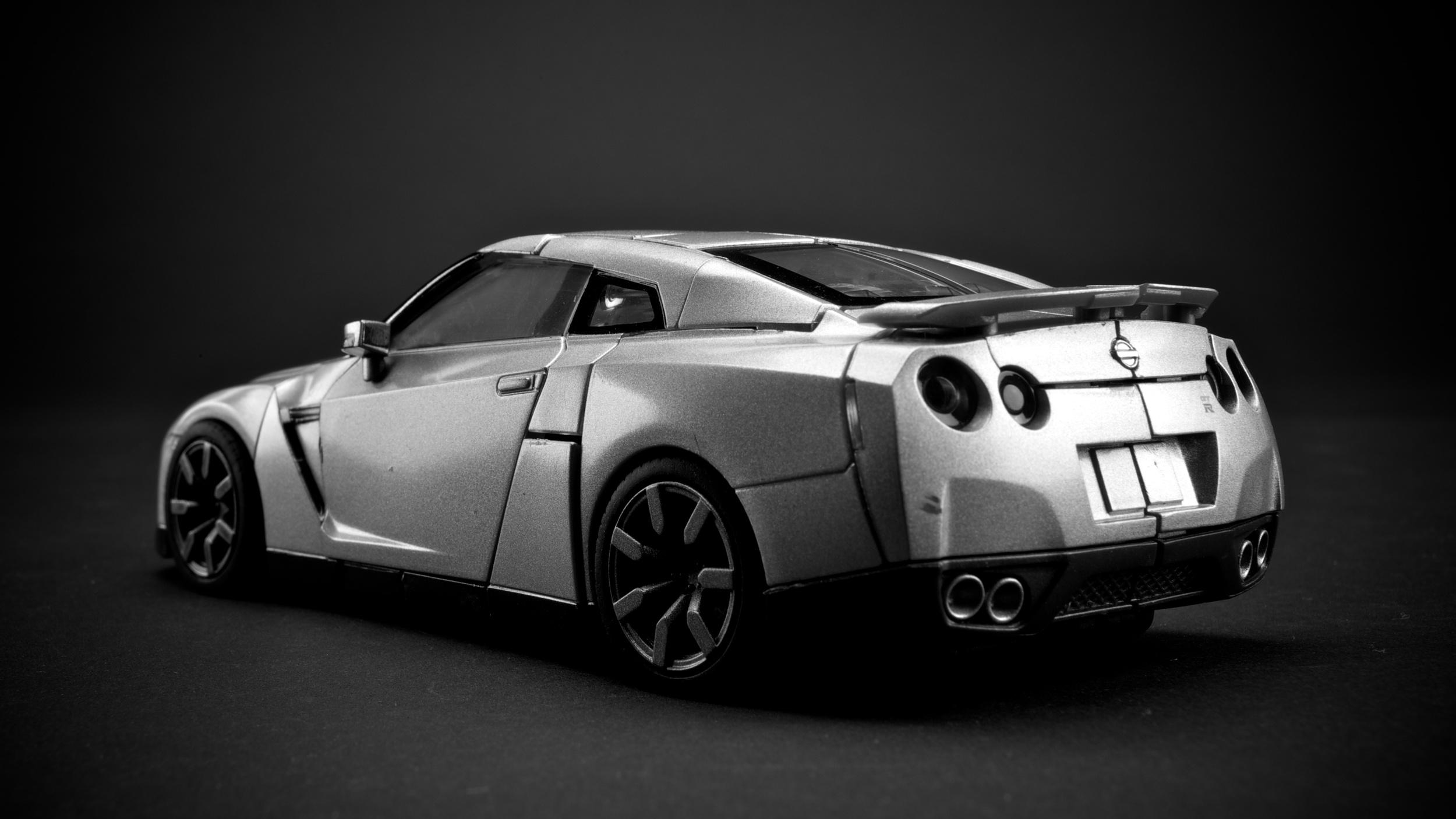 GTR-Optimus-Silver2.jpg