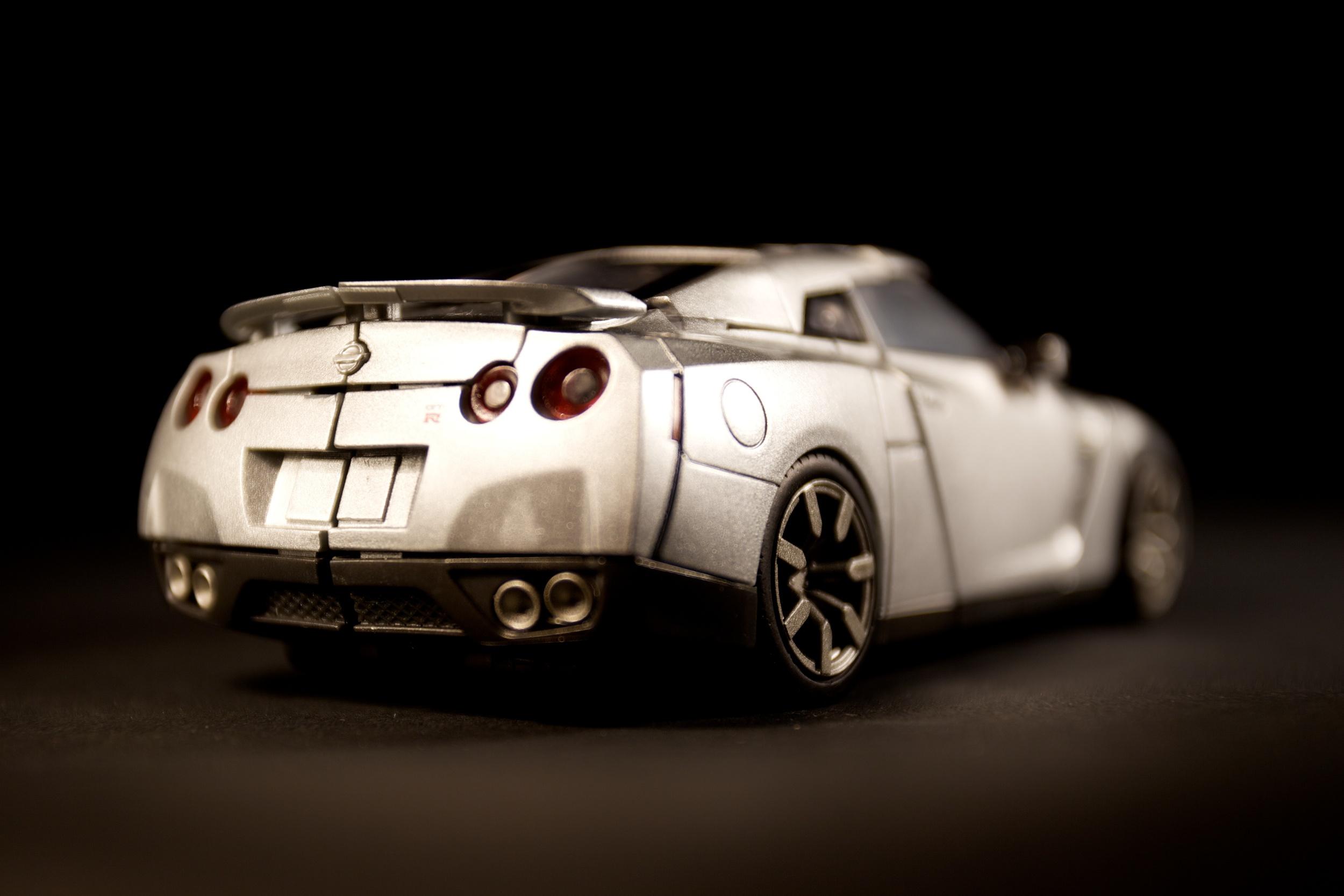 GTR-Optimus-Silver5.jpg