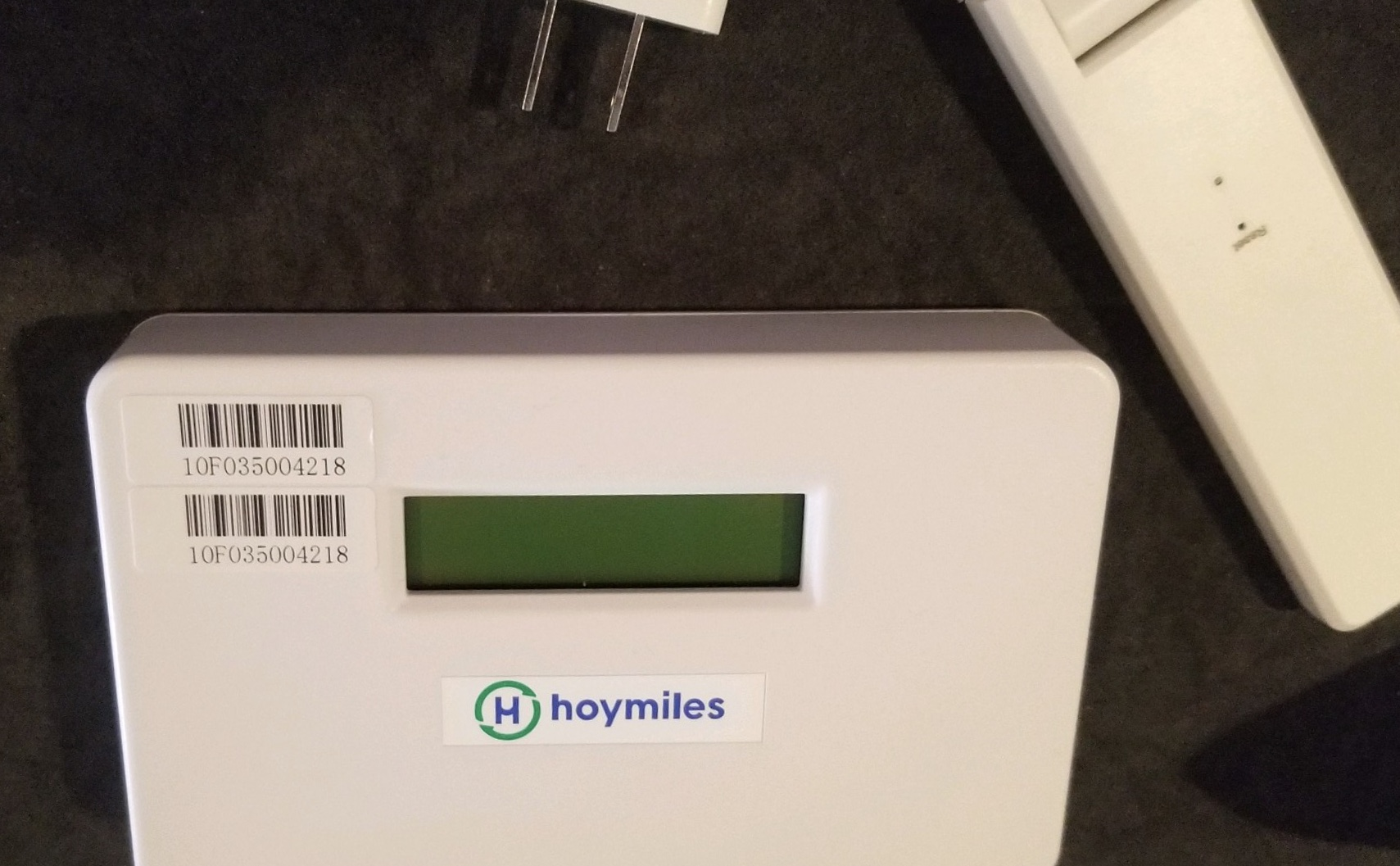 hoymiles-wifi-cell-controllers-for-solar-panels.jpeg