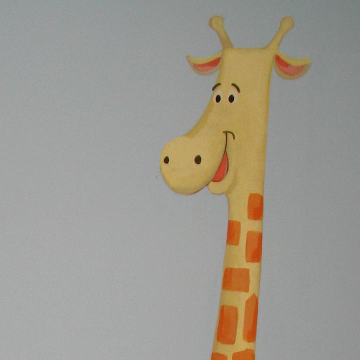 jungle-giraffe.jpg