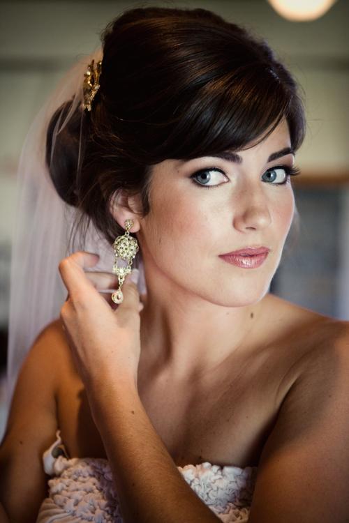 bride-pink-lips.jpg
