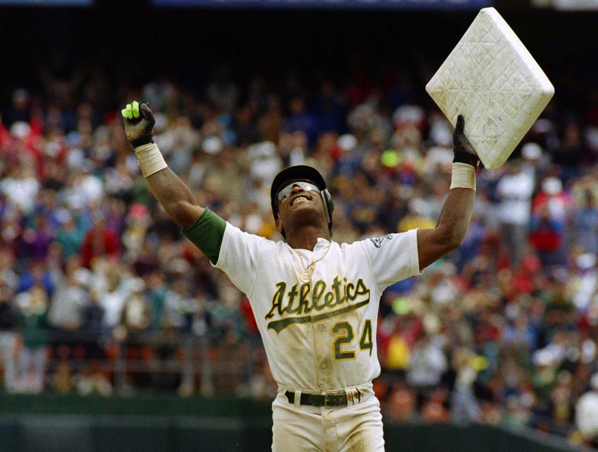 8-rickey-henderson-stolen-base-oakland-hometown-sports-heroes.jpg