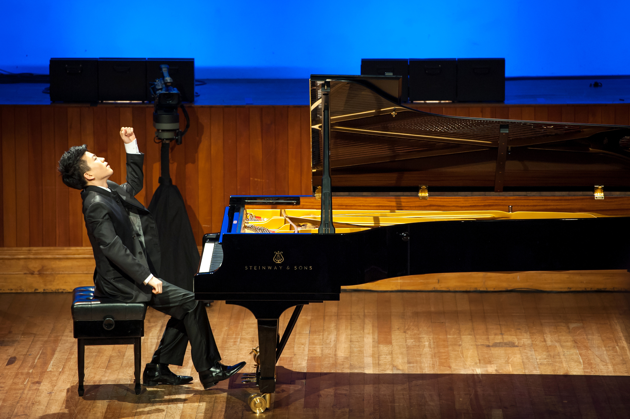 Jason Bae, Grand 1st Prize Winner, 2013 Wallace National Piano Competition. @Auckland Town Hall, Concert Chamber.