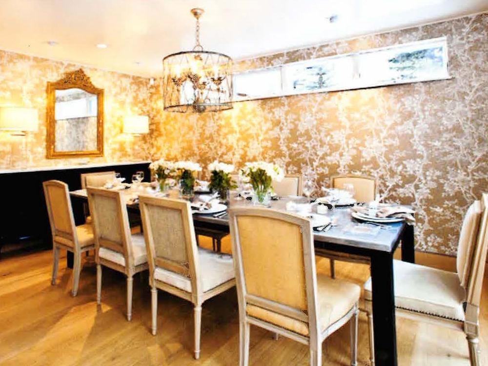Design-custom-chandelier-dining
