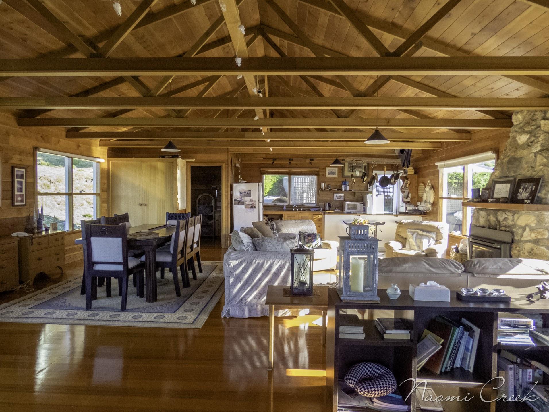 Open plan kitchen & living room area