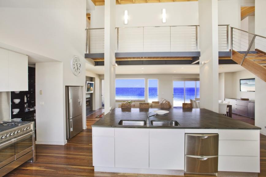 wamberal kitchen.jpg