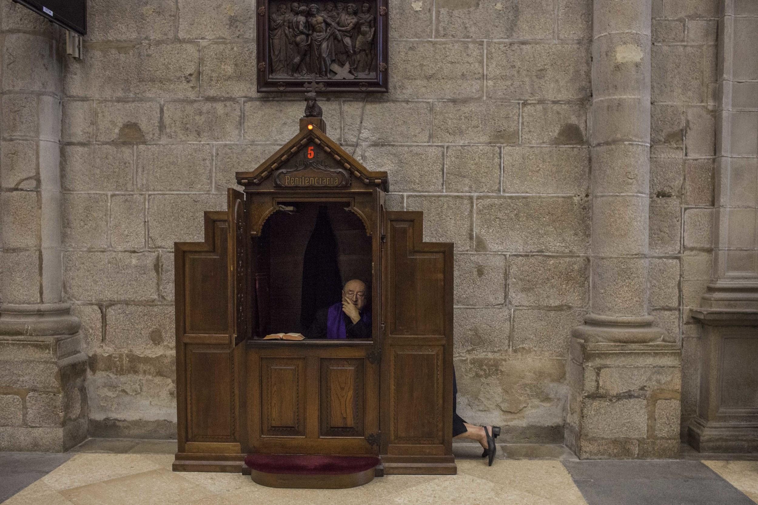 Confession, Cathedral of Santiago de Compostela