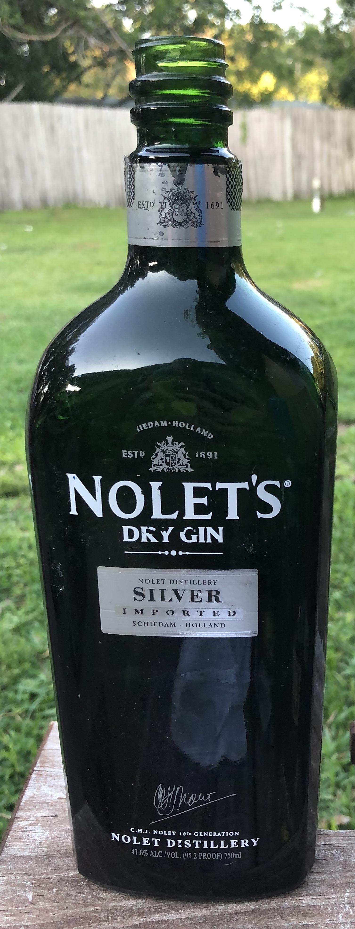 Nolet's.jpg