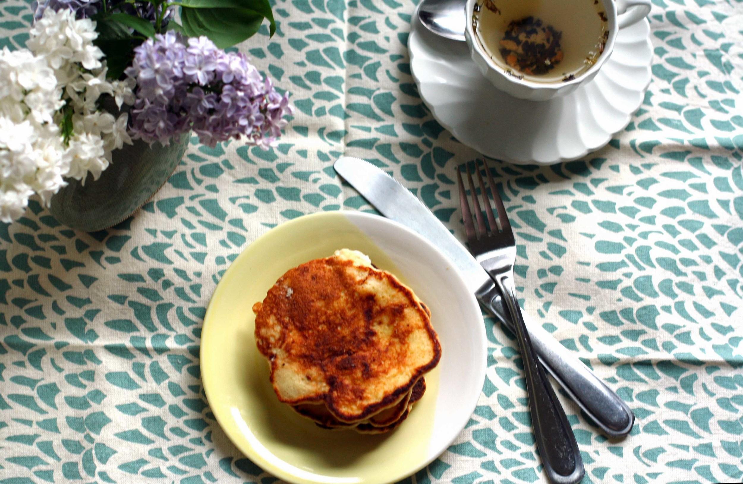 fluffy lemon ricotta pancakes.jpg