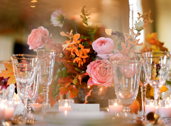 elegant-fall-orange-pink-wedding-reception-table.jpg