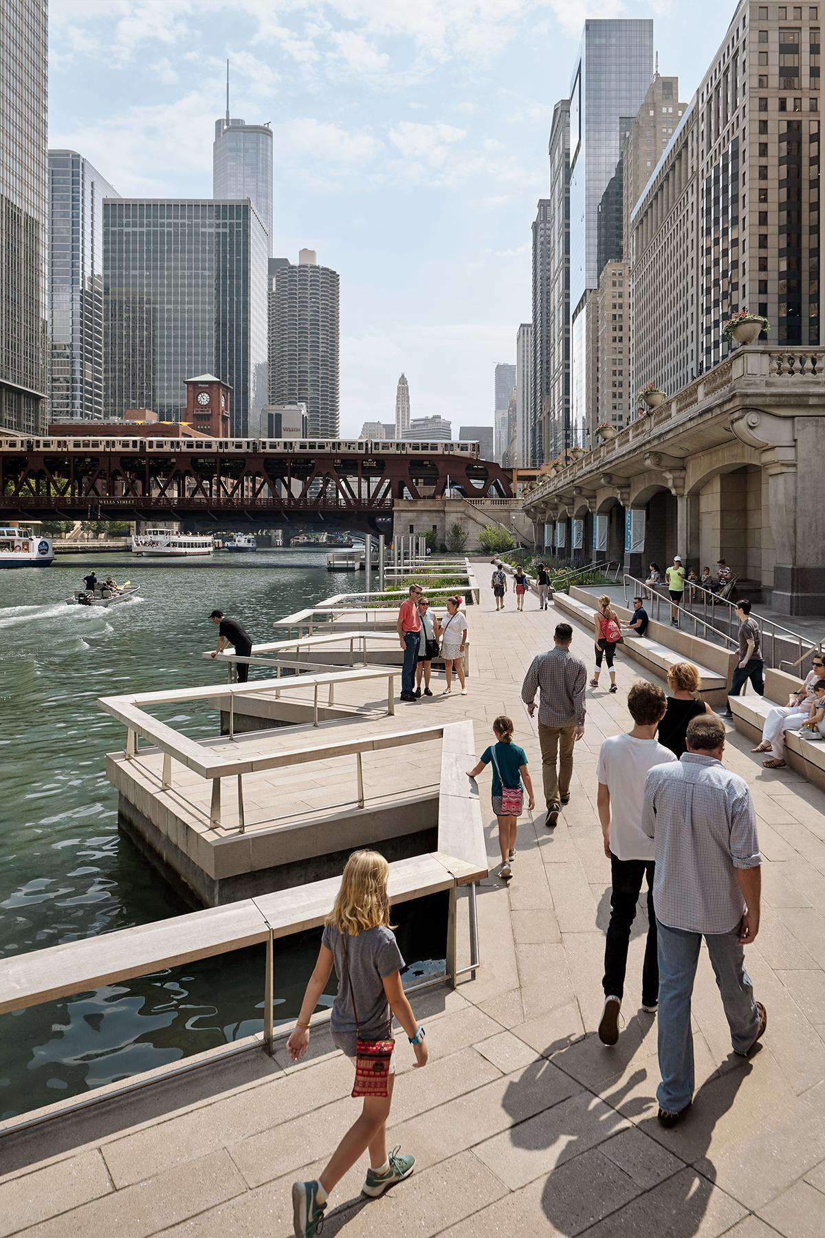 ROSS BARNEY ARCHITECTS / Chicago Riverwalk