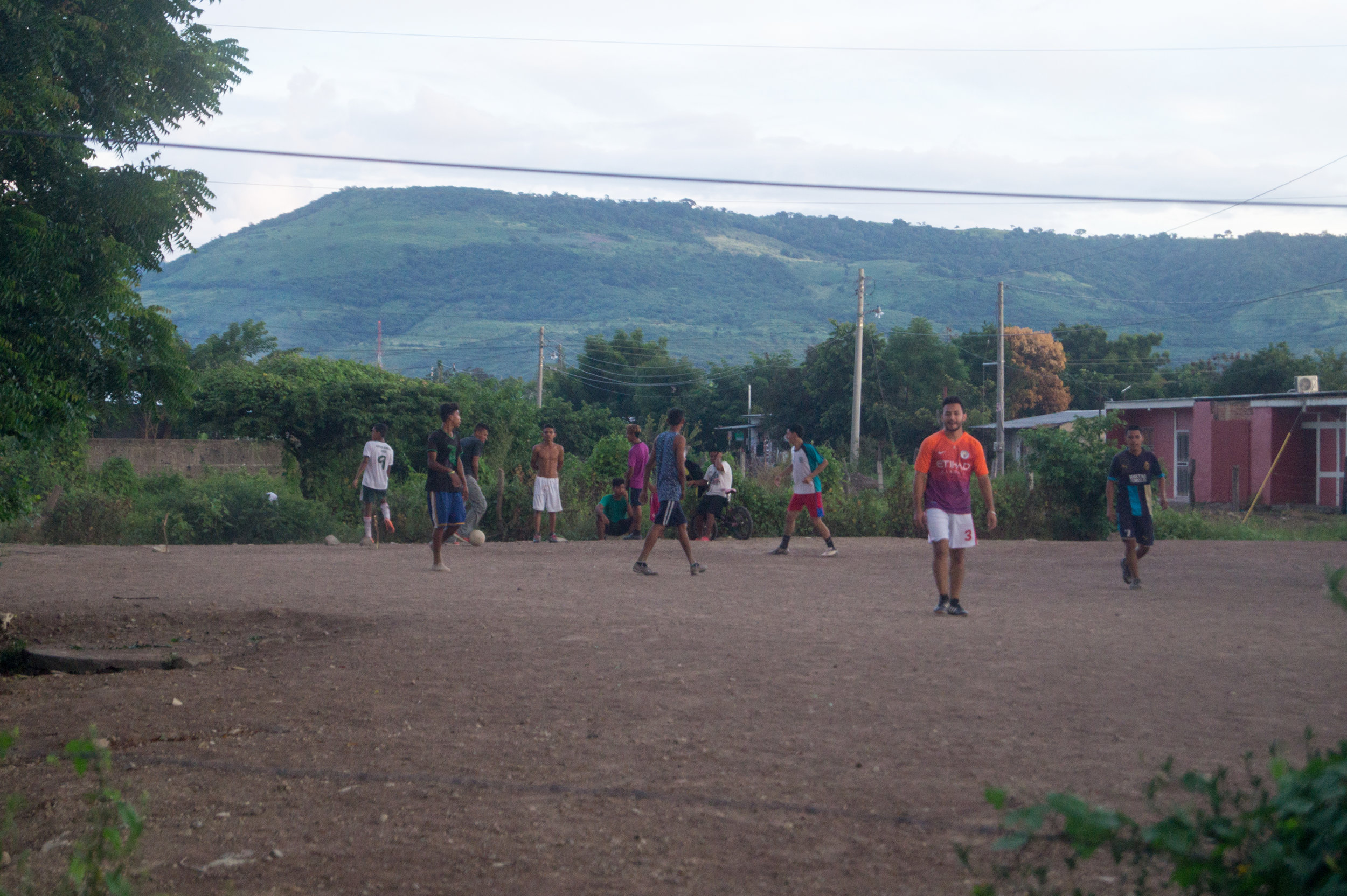A soccer game in Tomas Borge