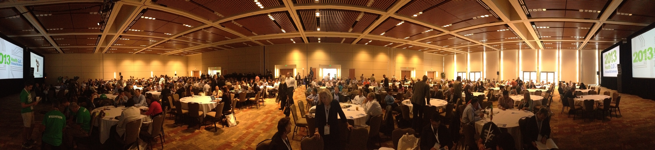 Panoramic picture of the attendees in the Missing City Ballroom