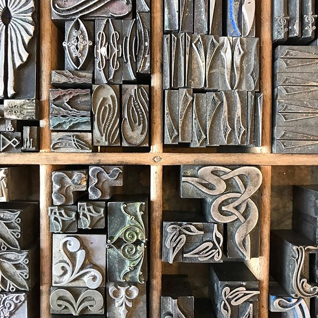 Oh, your kid starts Kindergarten on Thursday and you are putting your house on the market on Friday? Would you like to spend the day therapeutically organizing tiny metal type to create order from the chaos? #letterpressprinting #metaltype