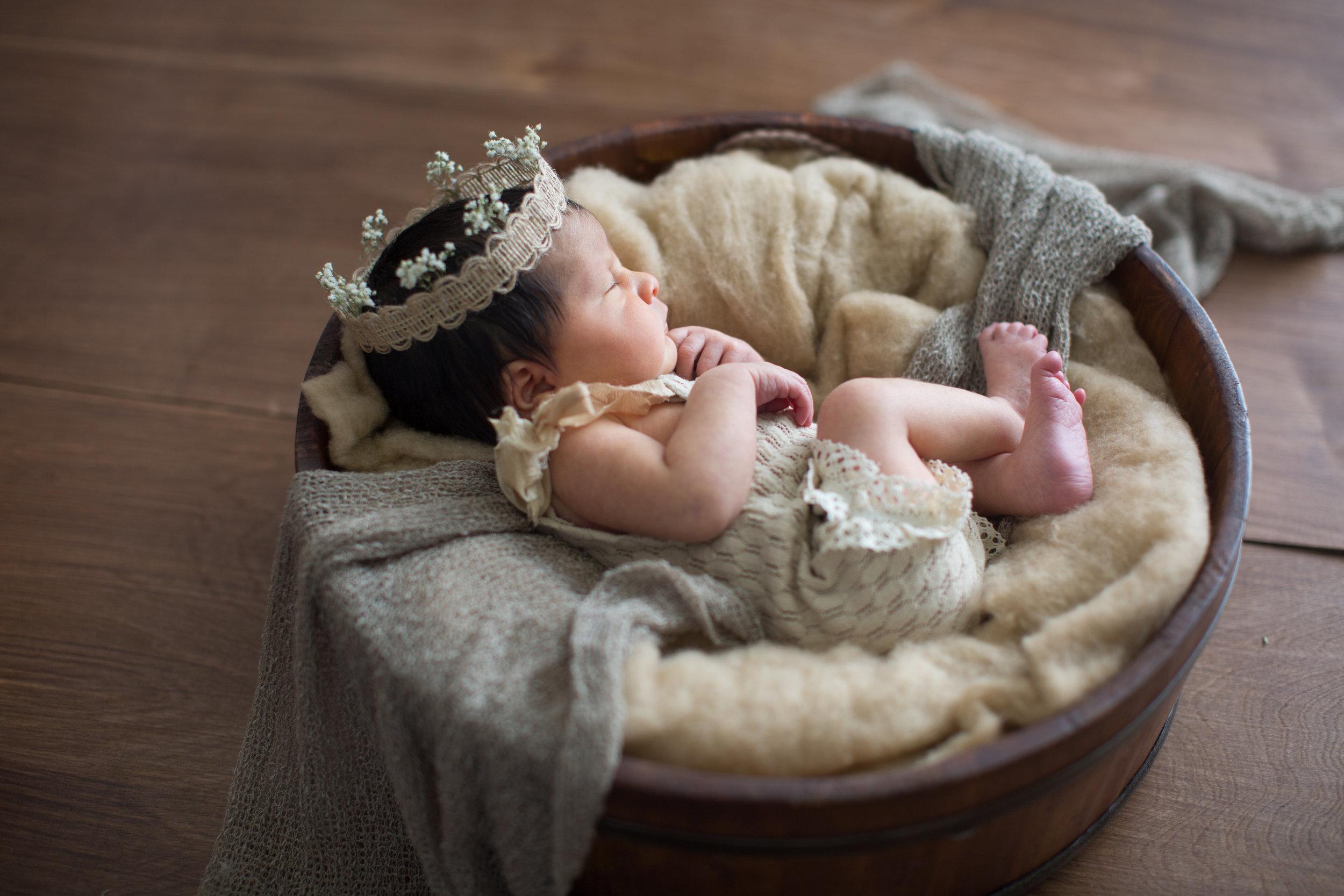 Emery Newborn-73.jpg