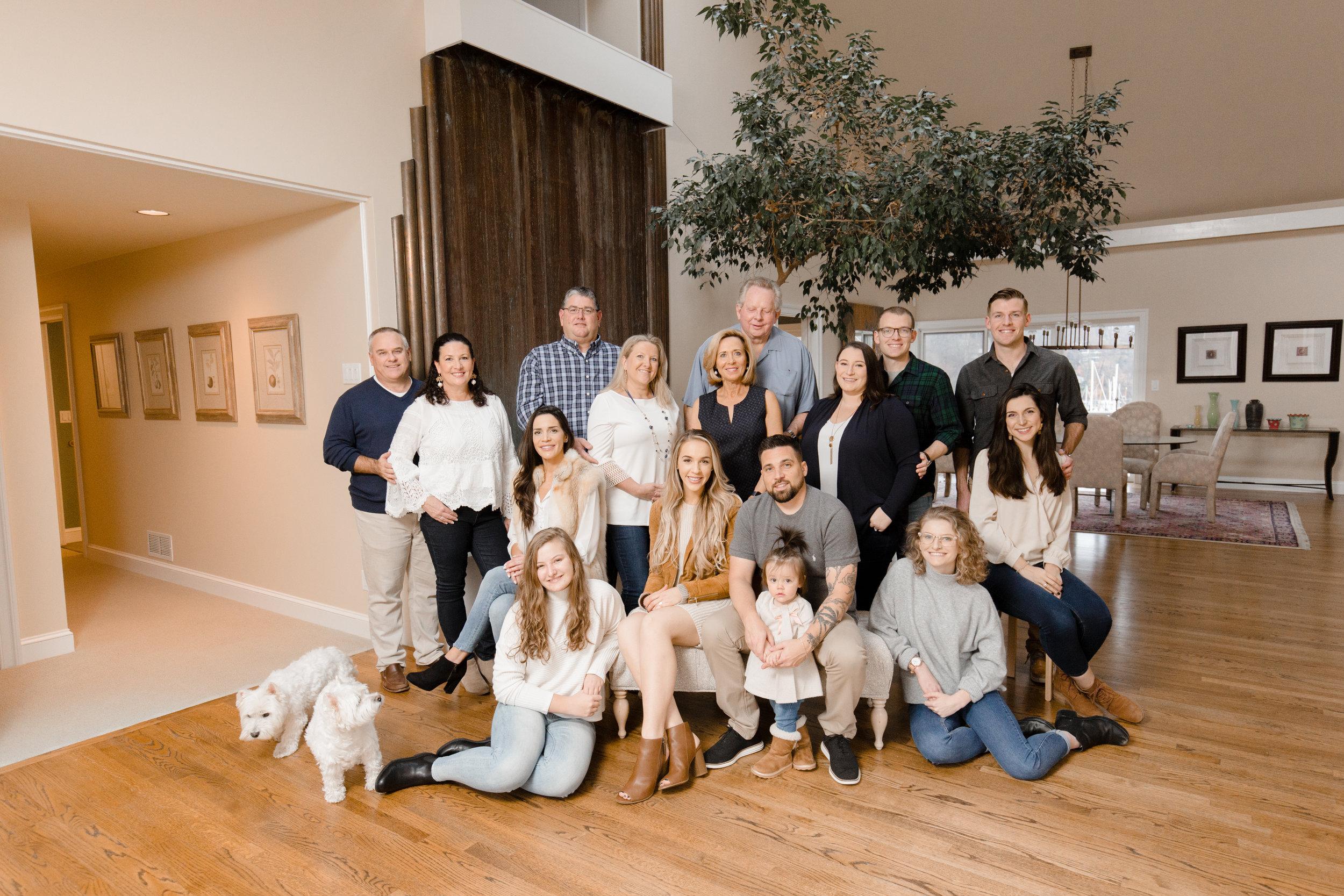 Extended Family 2019-4.jpg