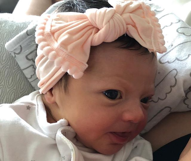 Say hello to the newest member of LaChica Sports. Introducing Francesca Vivoli 💕 Congratulations to Angela and her husband on their bundle of joy! #LCSLittleOnes