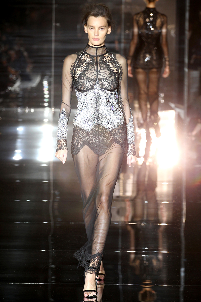 tom-ford-rtw-ss2014-runway-35_205232310674.jpg