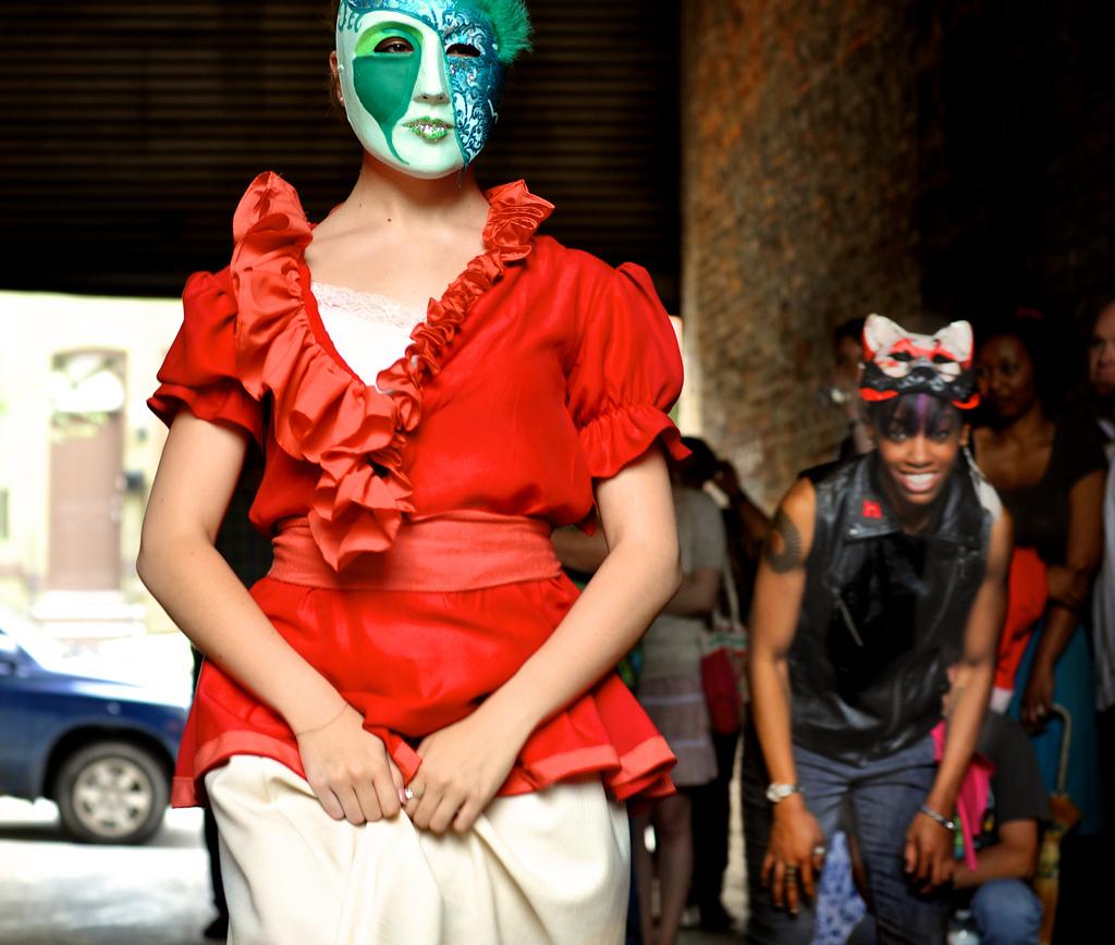 jessica keyes-juliet in mask.jpg