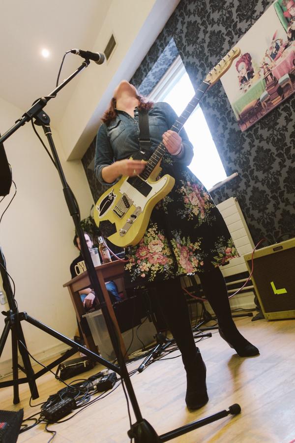 guitarheor.jpg